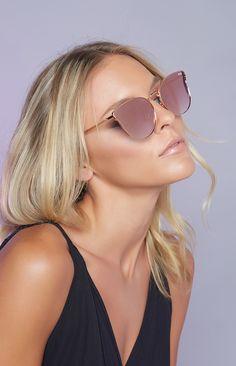 dd654338e6f quay sunglasses and glowy skin Quay Eyewear