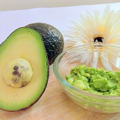Avacado-Face-Mask-Medium The post Avacado-Face-Mask-Medium appeared first on Best Pins for Yours - Diy Face Mask Homemade Face Masks, Diy Face Mask, Face Diy, Natural Face, Natural Skin Care, Natural Beauty, Natural Glow, Mask For Dry Skin, Avocado Face Mask