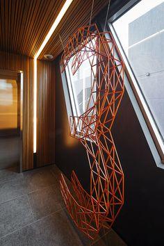O escritório Design by Pidgeon projetou a identidadeeo sistema de orientação e sinalização ambiental para a nova sede do National Australia Bank –NAB, em Melbourne (Austrália).Utilizando …