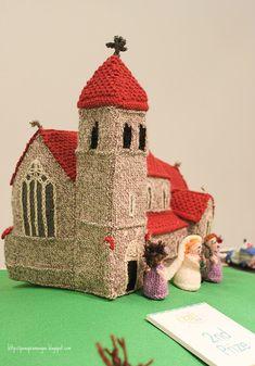 Pano pra Mangas: Knitted Village Crochet Fairy, Crochet Home, Crochet Toys Patterns, Stuffed Toys Patterns, Knitting For Kids, Crochet For Kids, Knitted Dolls, Crochet Dolls, Camping Vintage