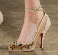 A #Louboutin kind of day - Christian Louboutin for #Marchesa Fall 2013 runway