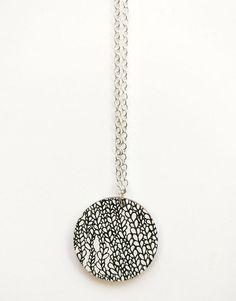 Silmu kaulakoru musta | Weecos Lifestyle, Black, Jewelry, Design, Jewlery, Black People, Bijoux, Schmuck, Jewerly