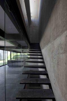Agustin Landa Ruiloba - Casa Go, Nuevo Leon, Mexico (2014) #stair #details