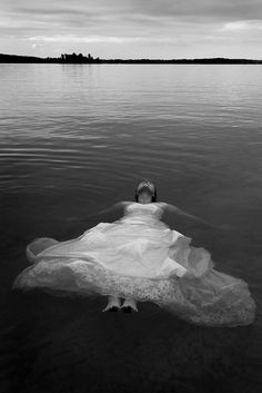 trash the dress - photo by Dave Chidley