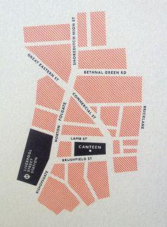 Plattegronden met spaties tussen (zodat stadsplan gecreëerd wordt) elk vlakje zou dan een specifiek onderdeel kunnen zijn (zoal eten, info, activiteiten, enz) We kunnen werken met verschillende kleuren en patronen per categorie -> het geheel vormt 1 stadsplan