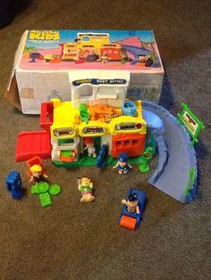 "Vintage Toys Coleco ""The Flintstone Kids"" Town of Bedrock playset - Flintstone Kids, Bugs Bunny Cartoons, Vintage Toys, Vintage Ideas, Old School Toys, Preschool Toys, Prehistoric, Kids Toys, The Past"