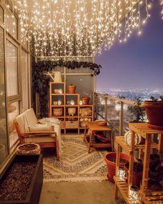 20 Super Dreamy Outdoor Spaces - Wonder Forest Small Balcony Decor, Small Outdoor Spaces, Balcony Ideas, Modern Balcony, Furniture For Small Spaces, Balcony Garden, Patio Ideas, Tiny Balcony, Balcony Plants