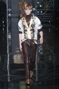 Défilé Versace Automne-hiver 2014-2015 Homme - Madame Figaro