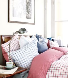 Big Square Blue/Red Bedding - Percale 100% Cotton. 200 TC. By Newport Collection