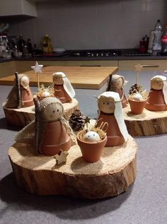 Wooden cone dolls Mary, Joseph and baby Jesus Peg doll nativ.- Wooden cone dolls Mary, Joseph and baby Jesus Peg doll nativity family – Home Page - Christmas Crafts For Kids, Homemade Christmas, Rustic Christmas, Christmas Projects, Winter Christmas, Holiday Crafts, Christmas Holidays, Christmas Decorations, Diy Christmas Gifts