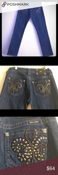 """🎉Sale🎉 Miss Me Jeans NWOT Beautiful Miss Me with a very unique design. New never been used. Open to reasonable offers and give bundle discounts 💗.               Miss Me Jeans Size: 27  Approx. Waist: 15.5 Approx. Inseam Length: 30.5 Approx. Rise:  8"""" Color:  Blue Material:  Cotton/Elastane Miss Me Jeans Straight Leg"""