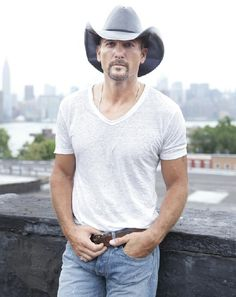 Big Machine Records Signs Country Music Icon Tim McGraw To A New Worldwide Recording Contract   The Country Site