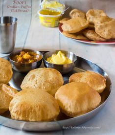 Poori-पूरी-How to make soft and puffed Pooris by Chef Smita Puri Recipes, Paratha Recipes, Lunch Box Recipes, Snack Recipes, Snacks, Indian Bread Recipes, Indian Flat Bread, Best Breakfast, Cooking Time