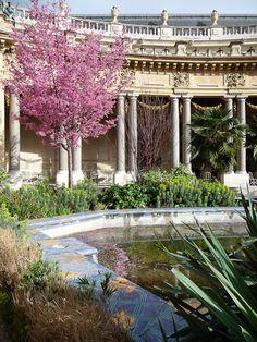 Montmartre Paris, Paris 3, Grand Paris, Versailles Paris, Voyager Loin, Beautiful Paris, France Photography, French History, Luxury Wedding Venues