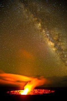 Halemaumau vent,  with the Milky Way overhead