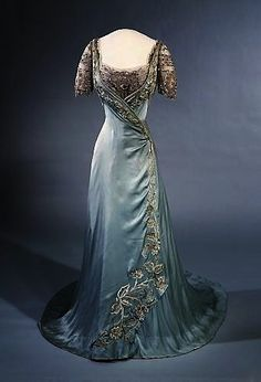 1907-9 evening dress queen maude of Norway - Similar to one I've already pinned, but the embroidery is more pronounced on this one