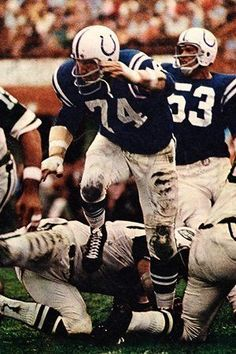 Billy Ray Smith Los Angeles Rams 1957, Pittsburgh Steelers 1958-60 and Baltimore Colts 1961-70.