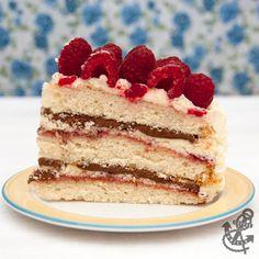 Triple Layer Vanilla Sponge Cake with Raspberries & Chocolate