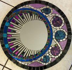 Mosaic Tray, Mirror Mosaic, Mirror Tiles, Mosaic Wall, Mosaic Glass, Mosaic Tiles, Glass Art, Mosaic Crafts, Mosaic Projects
