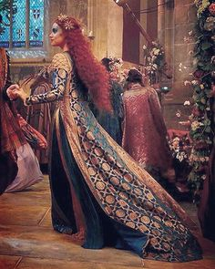 Ophelia Period Costumes, Movie Costumes, Superman Story, I Miss My Family, George Mackay, Recent Movies, Daisy Ridley, She Was Beautiful, Best Tv