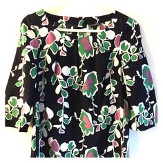Banana republic blouse So pretty for spring! Navy blue with purple green and white flowers Banana Republic Tops Blouses