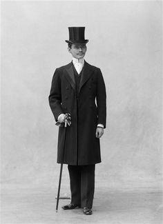 1898 Louis Joseph Cartier - photo by Nadar (atelier de)  Photo © Ministère de la Culture - Médiathèque du Patrimoine, Dist. RMN-Grand Palais / Atelier de Nadar