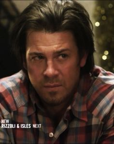 This is Christian Kane actor, singer, songwriter, stuntman, cook!    ...don't know screen capped this one pic from King and Maxwell
