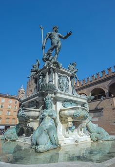 Bologna is a bustling, animated city full of liberal students and wealthy Bolognese families. It's a town where you can enjoy culture, shopping and food. Poseidon Statue, Renaissance, Bologna Italy, Fantasy City, Greek Art, Garden Ornaments, Sea World, Bronze Sculpture, Water Features