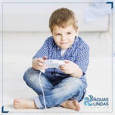 Na Play Games, a criançada se diverte e viaja no mundo virtual.  Jogos modernos e brinquedos variados estão a sua espera.  http://www.aguaslindasshopping.com.br/lazer