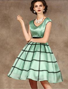 1950s Classic Vintage Inspired Dress