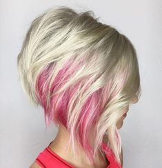 Platinum Bob With Pink Peekaboo Highlights Click image for info Haircuts For Fine Hair, Hairstyles Haircuts, Short Haircuts, 1920s Hairstyles, Natural Hairstyles, Short Hair Cuts For Women, Short Hair Styles, Short Cuts, Pink Peekaboo Highlights