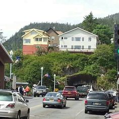 I lived in the Yellow House! Ketchikan Alaska!