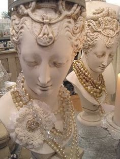 beautiful heads to display necklaces.  How can I make these?  There must be a way.......