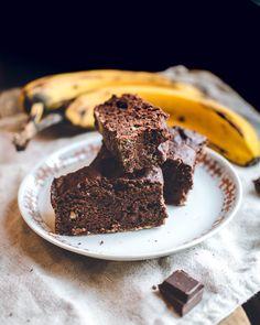 Banaani- suklaakakku