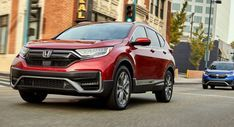 Honda To Slash Number Of Australian Dealers Reduce Range And Adopt Fixed Prices Honda Is Drastically Changing Its Bus In 2020 Business Fashion Dealership Automotive