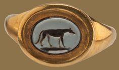 Greyhound nicolo intaglio ring. Roman Empire, c. 2nd-3rd century. Gold (modern mount) and nicolo intaglio (onyx). Vintage Gold Rings, Antique Rings, Antique Gold, Gold And Silver Rings, Antique Jewelry, Vintage Jewelry, Cameo Jewelry, Jewelry Art, Byzantine Gold