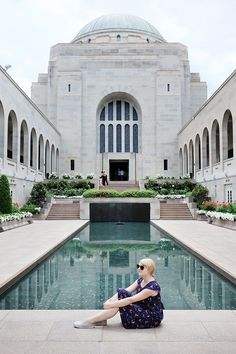 The Australian War Memorial in Canberra. Find my guide to visiting Canberra (Australia's capital city) on A Globe Well Travelled! Australia Capital, Australia Travel, Amazing Destinations, Travel Destinations, Airlie Beach, Urban Architecture, Short Trip, Capital City, Day Trips