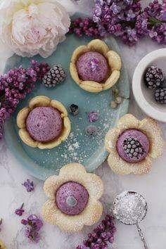 Heidelbeer-Creme Mini-Pies