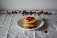 Pancakes - americké lívanečky   Děvče u plotny