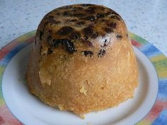 Pwdin Eryri (Snowdonia Pudding) is a classic Cymric (Welsh) steamed suet pudding, incorporating raisins and marmalade as the flavourings.