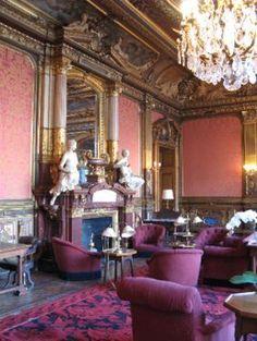 salon of the Hotel de la Paiva, now a private club.