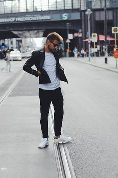 Adidas Sneakers, Asos Sweatpants, Topman T Shirt, H&M Jacket, Ray Ban Glasses #fashion #mensfashion #menswear #mensstyle #streetstyle #style #outfit #ootd
