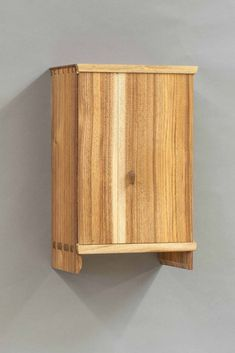 Wall Cabinet « The Krenov School of Fine Furniture Arts And Crafts Furniture, Fine Furniture, Custom Furniture, Furniture Making, Furniture Design, Woodworking Inspiration, Furniture Inspiration, Woodworking Box, Woodworking Projects