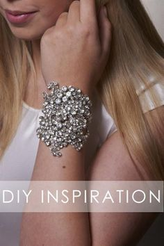 Bromeliad: DIY cuff bracelet inspiration - Fashion and home decor DIY and inspiration >>>>gonna try it with tull+colored sequins+rosee montees Bridal Cuff, Bridal Bracelet, Bridal Jewelry, Bangle Bracelets, Bangles, Diy Bracelet, Do It Yourself Schmuck, Diy Jewelry For Beginners, Jewelry Crafts