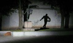 Urban Art : Working With Shadows  Artist : Morfai