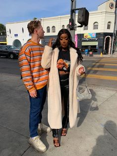 Relationship Goals Pictures, Cute Relationships, Cute Couples Goals, Couple Goals, Biracial Couples, Interacial Couples, Mixed Couples, Batman Outfits, Interracial Love