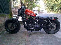 Lapak Harley: Jual Harley Sportster Modif - SEMARANG - LAPAK MOBIL DAN MOTOR BEKAS
