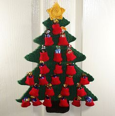 Free Christmas Tree Advent Calendar Crochet Pattern by Sarah Freeman - Spins and Needles. (40cm tall)