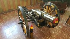 Quick firing (6-10 rounds per min) 75mm short steel cannon made by Krupp in 1896, now at the Museu Militar de Menorca