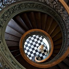 Peabody Library in Baltimore: 19 Totally Magical Libraries To Visit Before You Die Library Architecture, Architecture Details, Magical Library, Hello Seattle, Peabody Library, Stairs And Doors, Library Wedding, Home Libraries, Library Books